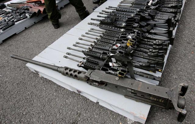 战斗直接在美国家门口打响!死亡人数高达11人,缴获大批爆炸物
