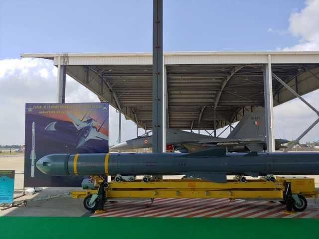 印度洋舰船杀手!印军重建苏-30MKI中队,携带布拉莫斯导弹