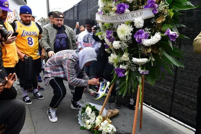 NBA巨星科比意外去世,他刚刚向中国球迷拜年