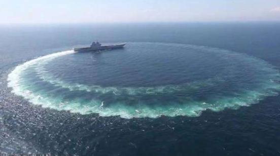 山东舰正式交付后,西方到底在害怕什么?