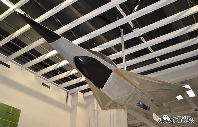 德国秘密研制的这款飞机,竟然被美国强制叫停