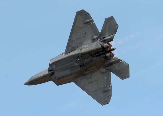 美国空军F-22演示小组将第二次赴新加坡参加航展