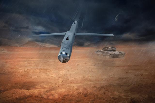 美空军新杀手锏投入使用,一架F-15能挂28枚,打的远又准