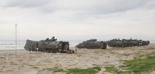 """日本""""水陆机动团""""与美军联合演习,日媒:针对中国"""