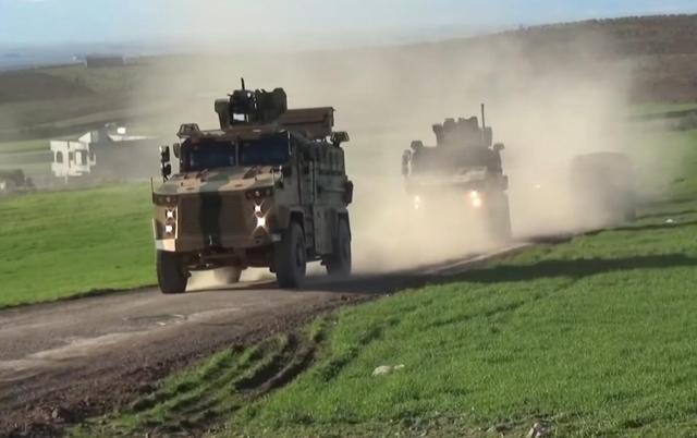 土耳其向叙利亚大举增兵 再次派出德制豹2坦克参战