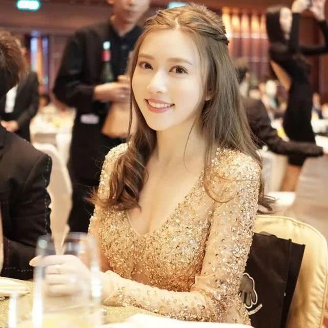 香港女模特滞留武汉:一场疫症看尽人生百态