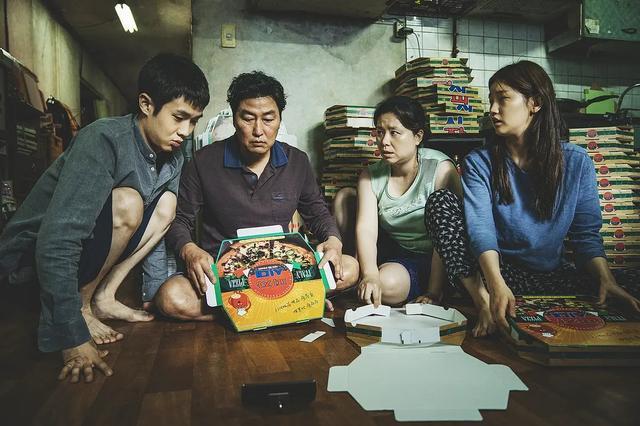 与《寄生虫》主角命运类似的人,在韩国社会现实中怎么样?