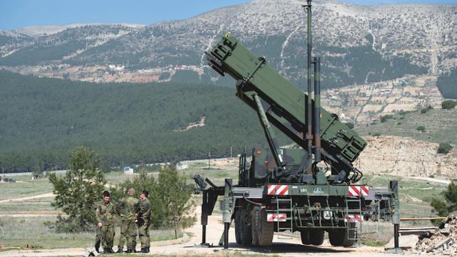 奇葩!买了S-400的土耳其竟要求美在其境内部署爱国者防俄军