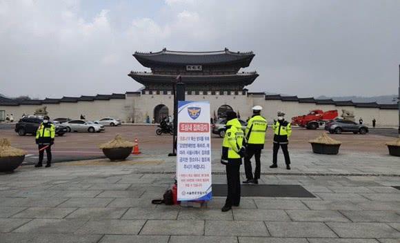 """韩式抗疫,把人民战争打成了""""宗教战争"""""""