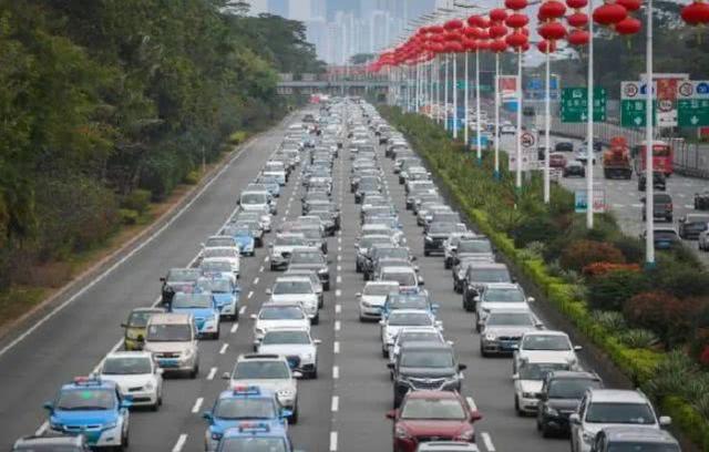 胡锡进:中国是时候真正复工复产了,几个新增病例翻不了大盘