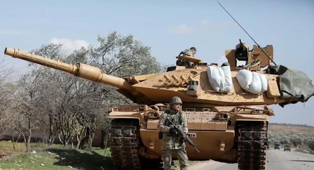 又一名土耳其士兵被叙政府军打死,土军称为报复击毁多辆坦克