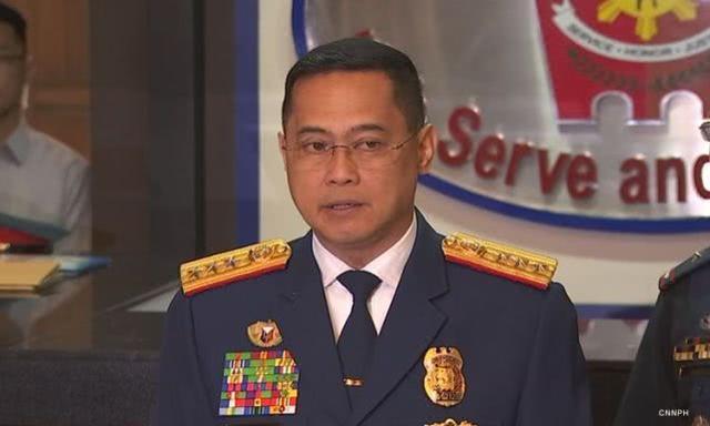 菲律宾国警总监上任不足两月,乘直升机坠毁已被紧急送医