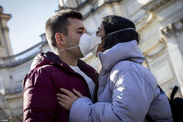 意大利禁止接吻了?新冠感染猛增至3千多例,总理孔戴出新规