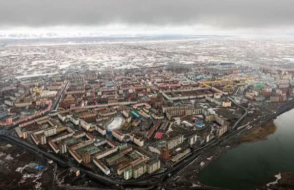 普京批准北极国家基本政策,已在北极部署警卫队