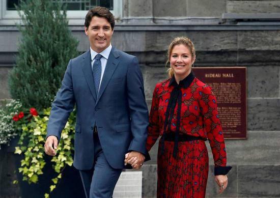 加拿大总理夫人确诊新冠病毒感染,特鲁多自我隔离在家办公