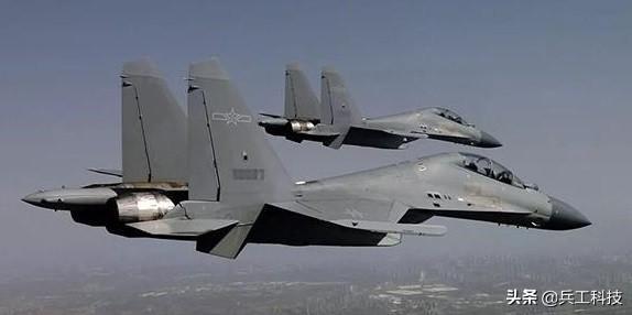 中国空军全面贯彻推行低可视涂装,战机涂装标识有了新标准