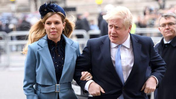 外媒:英首相未婚妻出现新冠病毒症状且已经怀孕在身