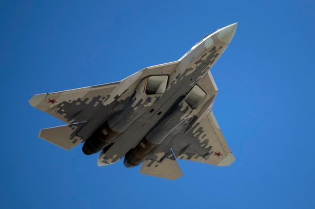 美媒:苏-57最大的杀手是F-22或者F-35吗?其实是没钱