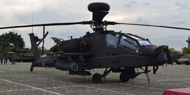 菲律宾向美国求购AH-64E阿帕奇攻击直升机,到底用武之地在哪?