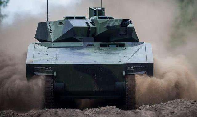 印度最新高原车测试,举国欢庆时军方却怒了:中国已经淘汰10年