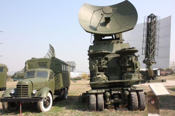 北约与俄相继升级监控系统 一个主攻一个主守