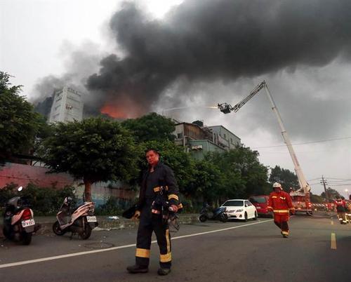 台湾21岁男子恶意纵火致7人死亡 被抓后竟呛