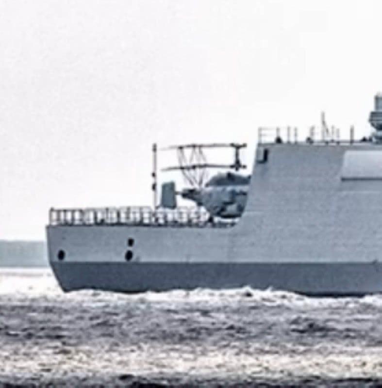 说好的直20呢?中国055万吨大驱载卡28直升机出海
