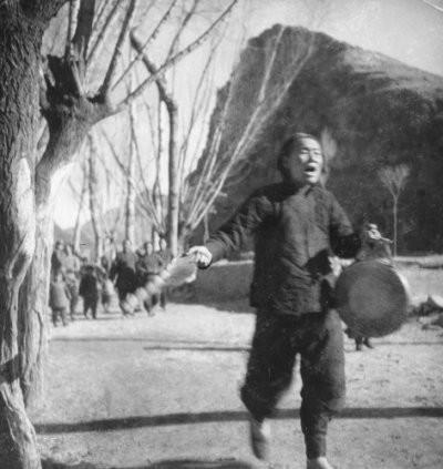 """1940年,抗日妇救会主任敲着锣高喊""""鬼子来了"""""""