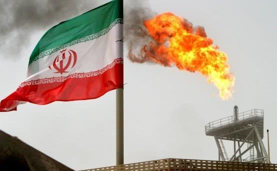 美国和伊朗摩擦升级,安倍竟然坐不住了:场面极其尴尬