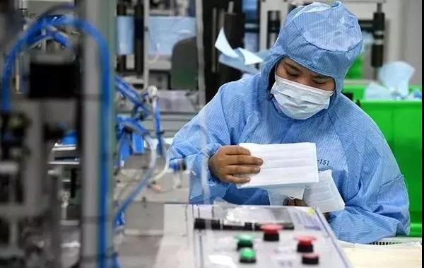 中国抗疫关键时刻,美国在搞事
