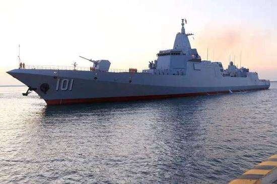 055大驱太恐怖 10种导弹全兼容,陆海空潜任务全能