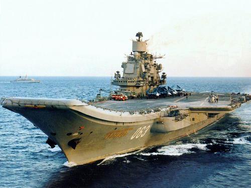 俄十年前就想造航母迟迟不动手?主要还是腰包不够股