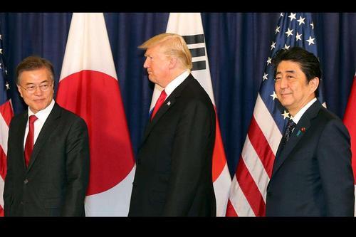 罕见!文在寅突然向日本求情,安倍这一决定也非同寻常