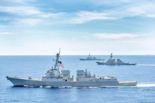 """美军无视中国警告屡次三番过台海 台独竟这样""""圆场"""""""
