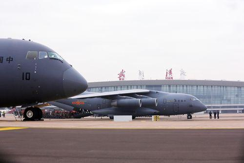 运20驰援武汉竟让外媒茫然,惊呼:这是中国空军?