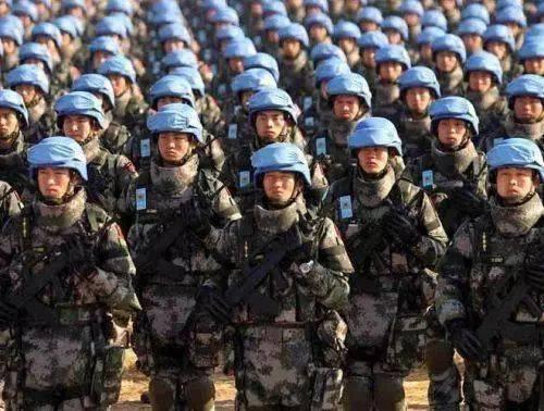 """我军专家:不要让美国的""""空荡"""" 成为中国的陷阱!"""