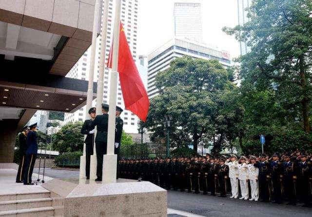 """别有用心!香港""""反对派""""疫情到来才想起求助解放军"""