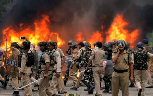 莫迪公开给特朗普添堵,260人死伤街头,印度这次丢大人!