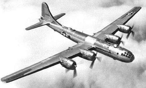 """B-:曾毁灭日本的""""堪萨斯之战""""——战略轰炸的"""
