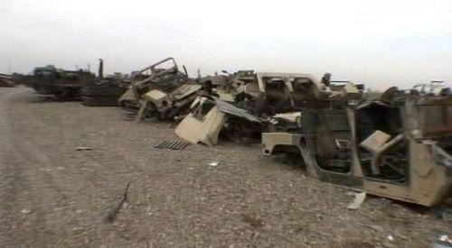 美驻伊拉克军事基地遭15枚火箭弹袭击 造成3死11伤