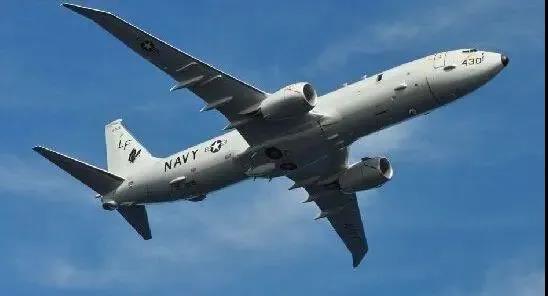 南海再次传来警报,一架反潜机突然逼近,激光武器这次立下奇功!