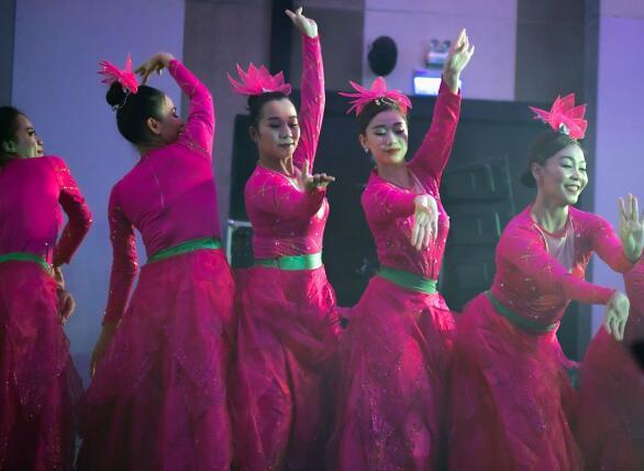 美航母又出现确诊病例 病毒来自上舰表演的越南歌舞团?