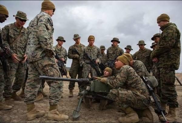 """美军""""四等人""""放弃陆战,打算用导弹围堵中国?"""