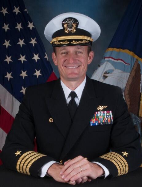 美国航空母舰超百人感染新冠肺炎,舰长紧急请求水兵下舰!