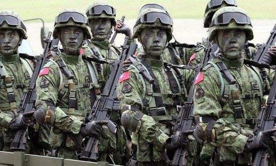 吴斯怀:台海一旦开战,岛内后备军人或将成炮灰!
