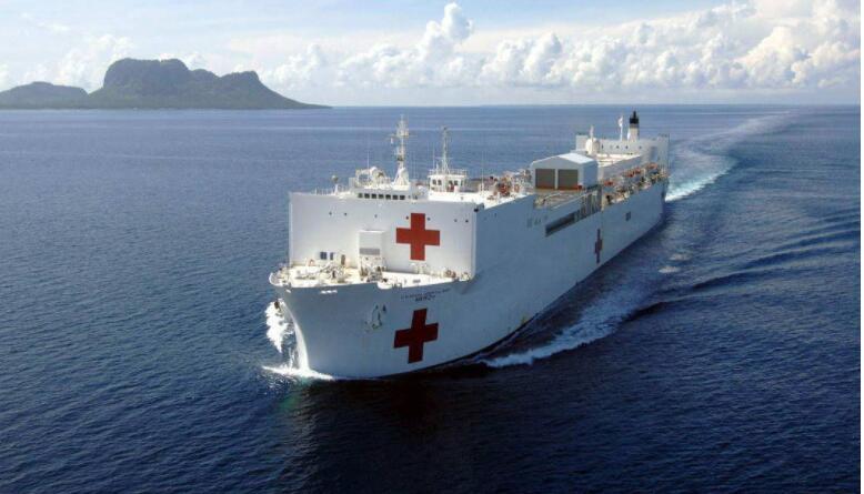 """美国这艘""""神船""""还是误收了新冠肺炎患者..."""