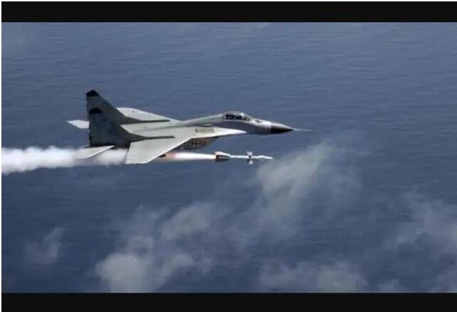霹雳-11导弹造价低廉精度高,被空军无情抛弃,陆军却爱不释手!