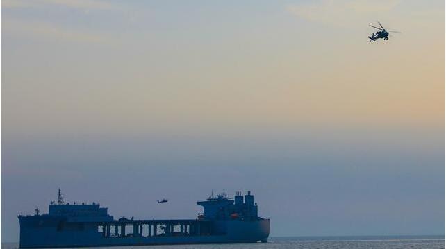 发现中国不中套后,美军开始在海湾展开特殊行动,伊朗危险了