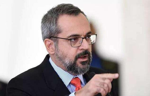 """『反华言论』曾发表""""反华言论""""的巴西官员:愿向中国下跪道歉!前提是…"""
