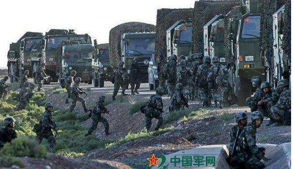 """日媒炒作""""解放军将演练夺东沙"""",葫芦里卖的什么药?"""